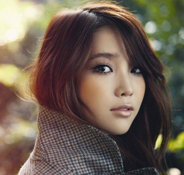 17 Best Images About IU (Lee Ji-eun) On Pinterest