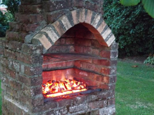 Brick Built BBQ with Chimney Plans | Brick built bbq ...