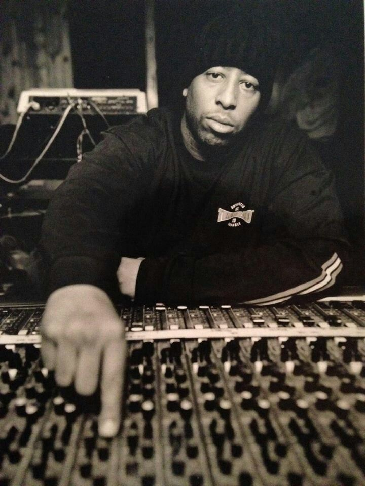 """DJ Premier, born Christopher Edward Martin, born March 21, 1966, is an American record producer and DJ, was half of the hip hop duo Gang Starr—alongside the emcee Guru—and forms half of the hip hop duo PRhyme, together with Royce da 5'9"""", often considered one of the greatest hip-hop producers of all time."""