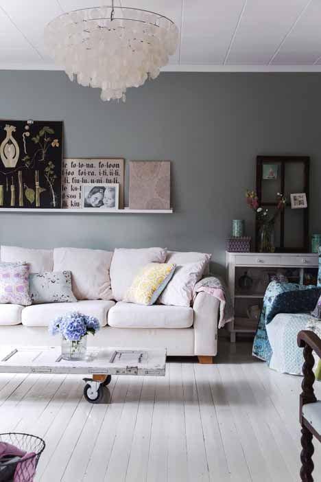 DIY coffeetable(via Kotivinkki) - my ideal home...