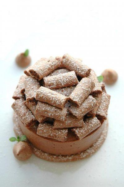 Pierre Herme's Concorde Gateau (Chocolate Meringue & Mousse)