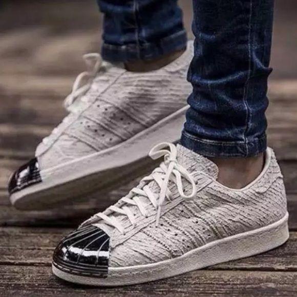 Adidas Superstar Toe