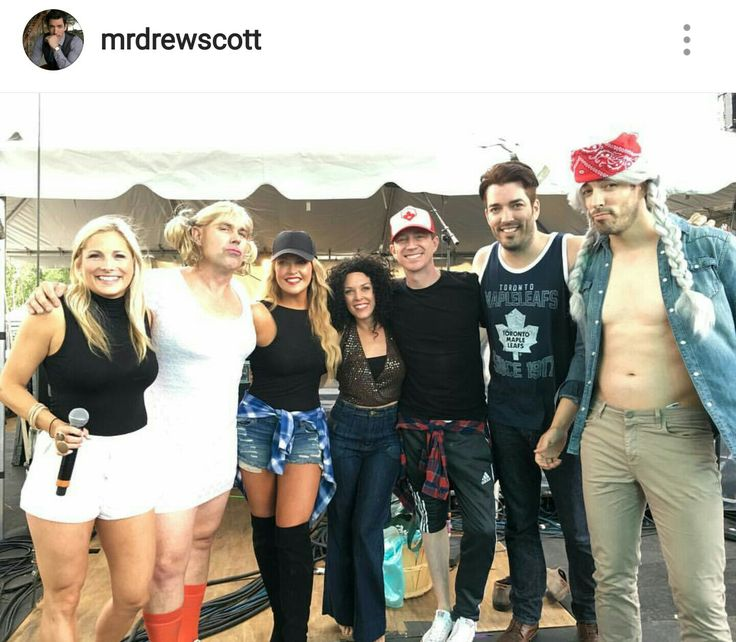 #LipSyncBattle at CMT Music fest...(clm)