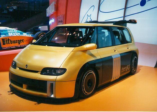 Quand Renault s'était amusé à mettre un moteur de F1 dans un espace (1994)