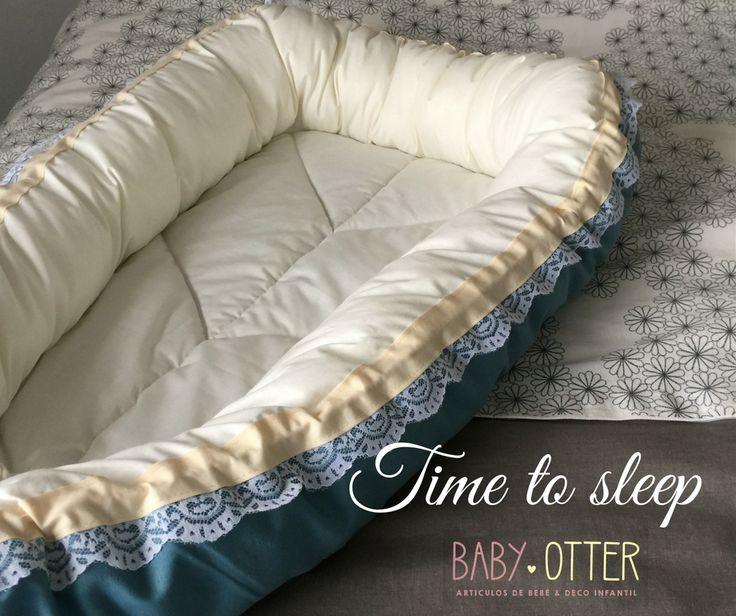 Niditos colecho, baby nest chile.  Modelo Azul Petróleo, 100% algodón.  Inspirados en la forma del útero materno, para que una vez que estén fuera de la güatita de mamá...se sigan sintiendo rodeados y protegidos del más puro amor.