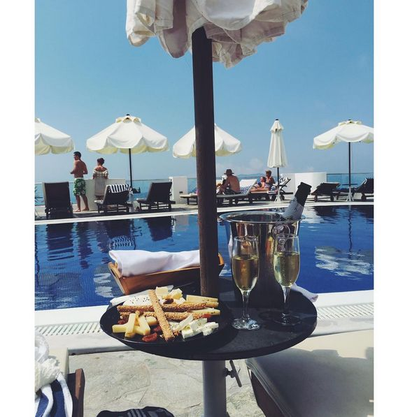 """""""Champagne by the pool is {always} a good idea. Thank you SO much babe for making my dreams come true!!"""" Our esteemed guest Lindsivaughan at Instagram shares dreamy #moments by the #pool of Volcano View Hotel"""