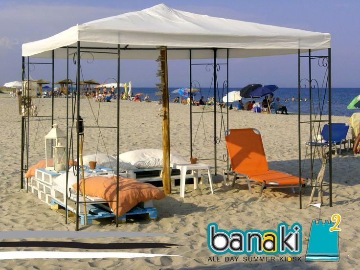 Banaki kiosk, παραλία Κορινού, εκκλησάκι Αγ. Παρασκευής