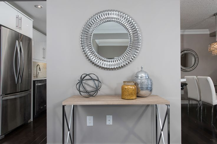 Yellow, Gold and Silver vignette staging