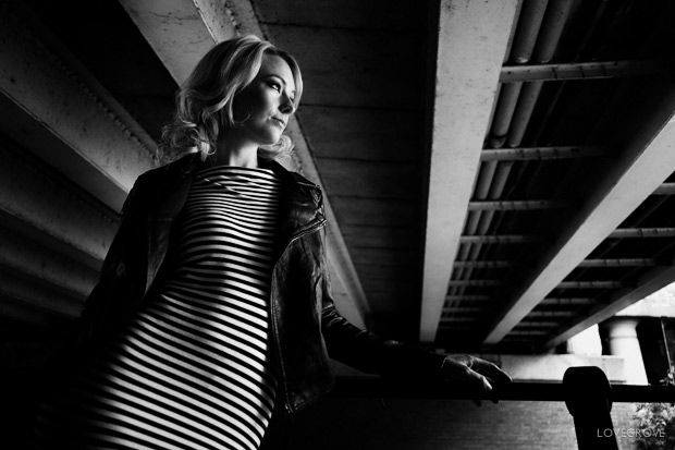 Jenny Brook by Damien Lovegrove + link to nice article on urban portrait photography