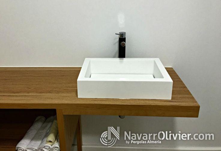 Lavabo de manos en krion, diseño original en www.navarrolivier.com  #KRION #lavavo #madera #mueble #interiorismo #decoracion #solidSurface #navarrolivier