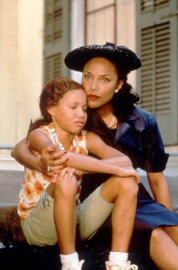 Jurnee Smollett and Lynn Whitfield in the classic coming-of-age movie; eve's bayou (1997)