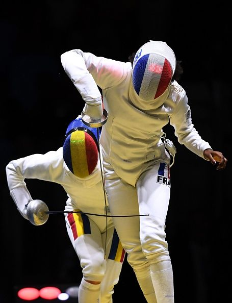 #RIO2016 Best of Day 1 - France's Lauren Rembi competes against Romania's Simona Gherman during their womens individual epee qualifying bout as part of the fencing event of...