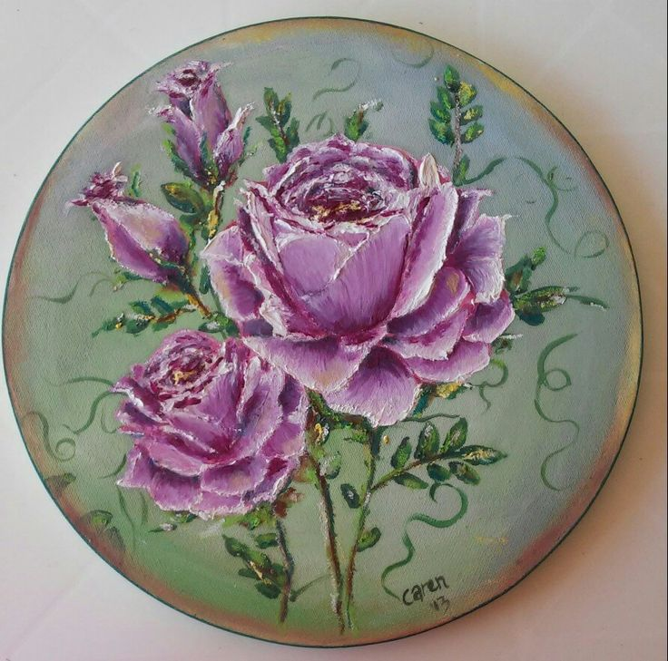 Lilac roses on round canvas in oils. By Caren