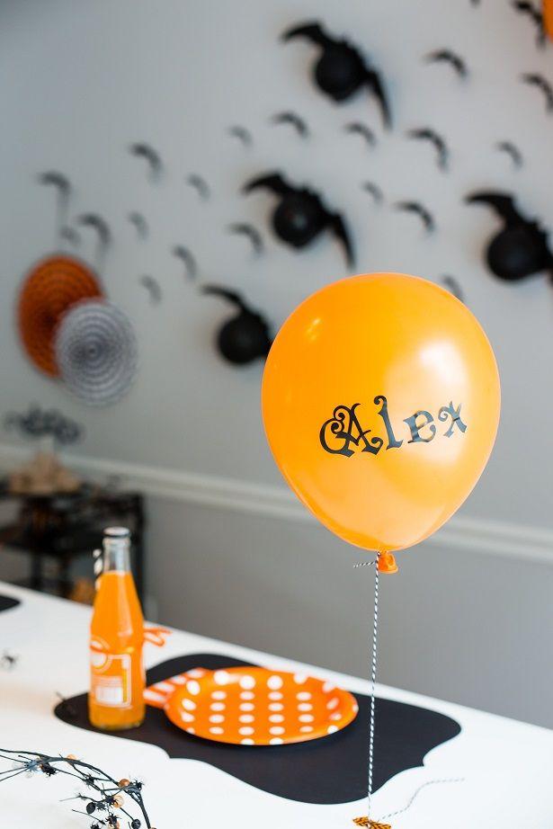 Halloween party et ses chauves souris ballons