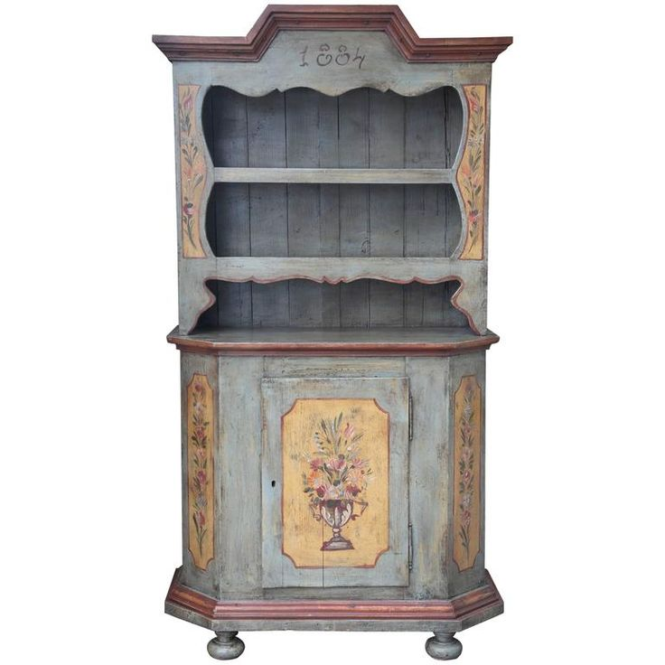 Superb 19th Century Italian Hand-Painted Dresser For Sale at 1stdibs