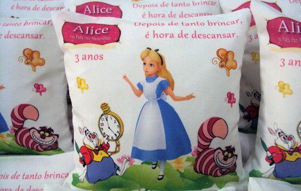 Almofada Alice No Pais Das Maravilhas No Elo7 Lembranca E Arte