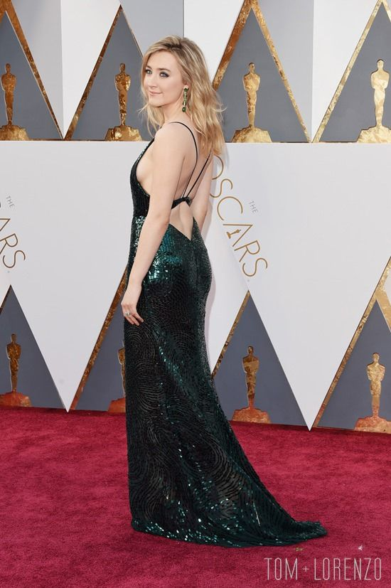 Oscars 2016 WERQ: Saoirse Ronan in Calvin Klein Collection | Tom & Lorenzo Fabulous & Opinionated