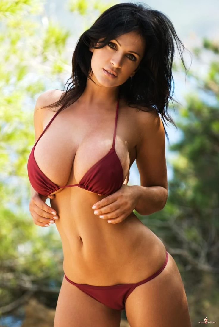Nude Babes On Beach