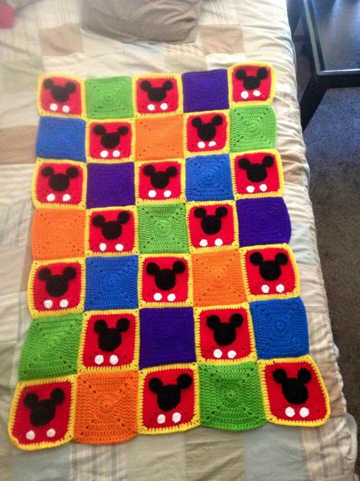 Cupcake Knitting Pattern : Mickey Mouse Granny blanket / inspiration only - no pattern Crochet Pinte...