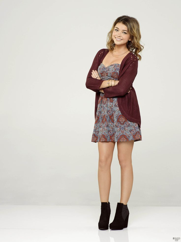 Sarah Hyland Modern Family Season 5 Promo Photoshoot
