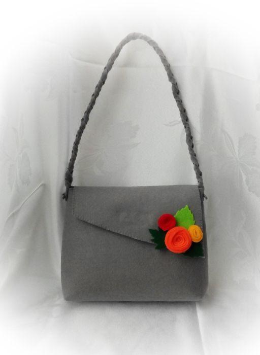 Výrobky z textilu: Filcová kabelka - sivá