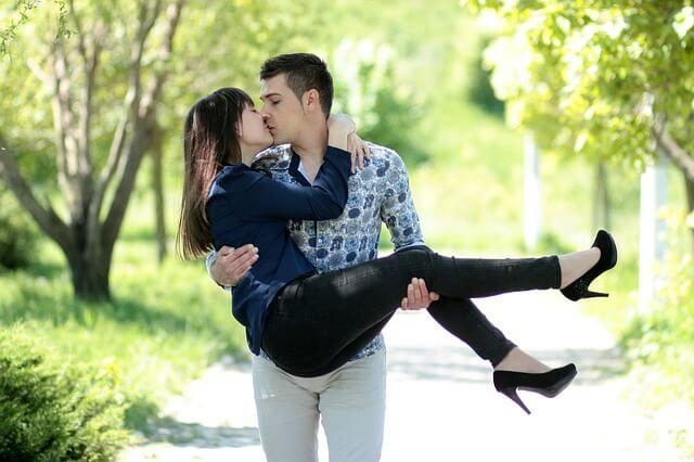 Liebe Wenn ich dich sehe  http://blog.aus-liebe.net/wenn-ich-dich-sehe/  #Engel #Gedichte #Gefühle #Glück #Herz #IchliebeDich #Kuss #Lächeln #Leidenschaft #Liebe #Liebesbeweis #Liebeserklärung #Liebesgedichte #Liebesglück #Romantik #romatisch #Schatz #Spruch