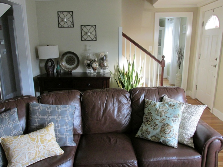how to decorate a couch with pillows | Roselawnlutheran