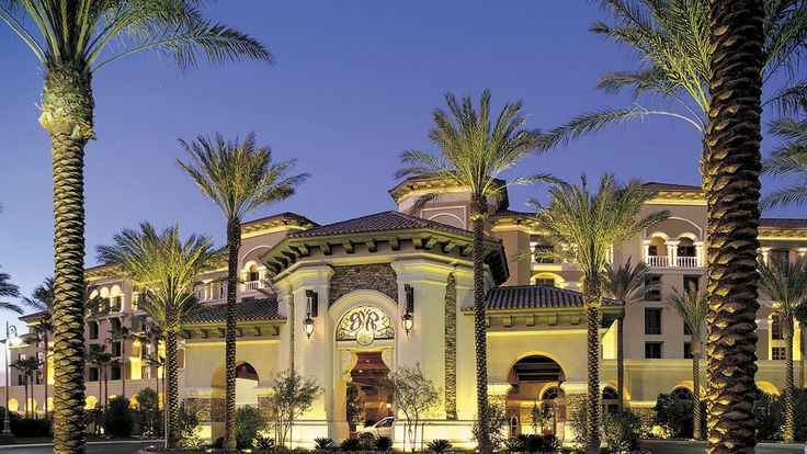 Green Valley Ranch Resort & Spa, Las Vegas - far away enough from the noise of the strip, but close enough to not miss out on the excitement.