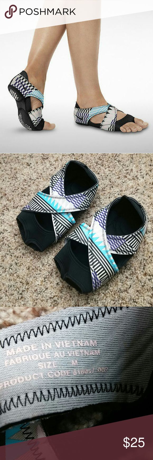 Nike studio wrap training yoga dance shoes Super cute pre owned in excellent condition Nike Shoes