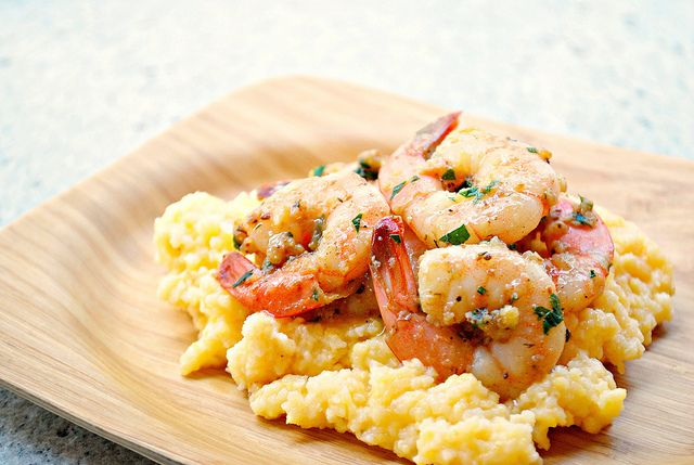 What's Cookin, Chicago?: Garlicky Shrimp & Cheesy Grits