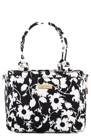 http://www.shoppingkidstoys.com/category/ju-ju-be-diaper-bag/ Ju-Ju-Be 'Be Classy' Messenger Diaper Bag