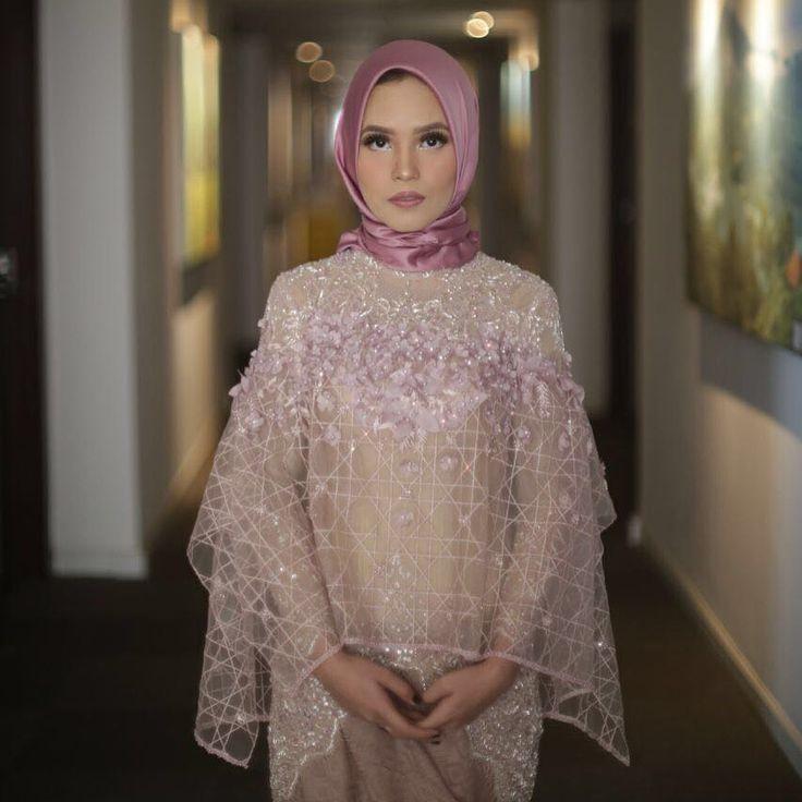 The Engagement Day of @alfiandavici .  .  #muslimbride #hijabfashion #kebayalamaran #lamaran #kebayamuslim #kebayapengantin #kebayaakad #kebayaresepsi #myrnamyura #muslimdress #hijabdress #hijab #muslimwedding #pengantinmuslim