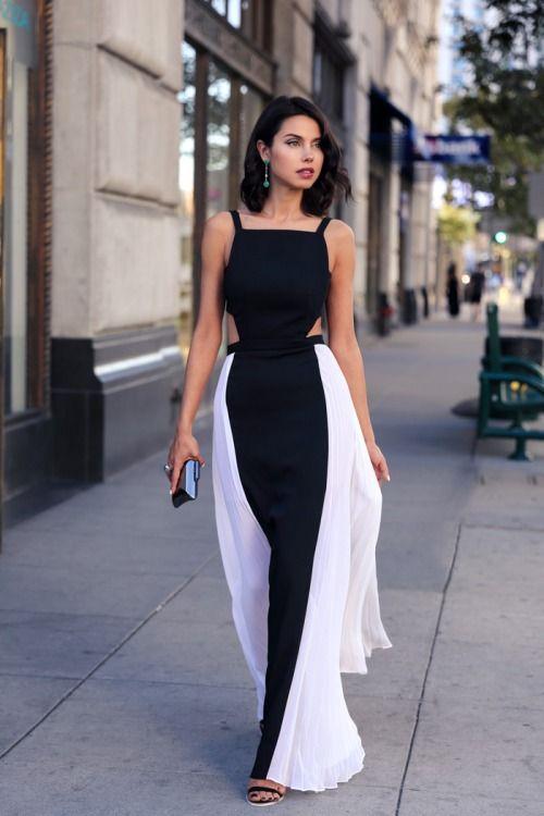 "ellistyle-blog-k: ""http://ellistyle-blog-k.tumblr.com/ Fashion Tumblr-Street Style,Fashion Trends & Models • Black and White look. """