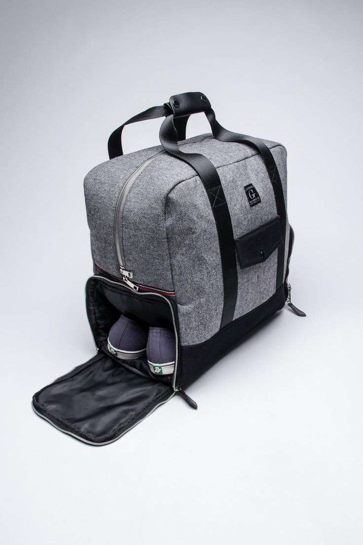 Weekender Duffle Bag / Goodale I love travel bags with shoe pocket.