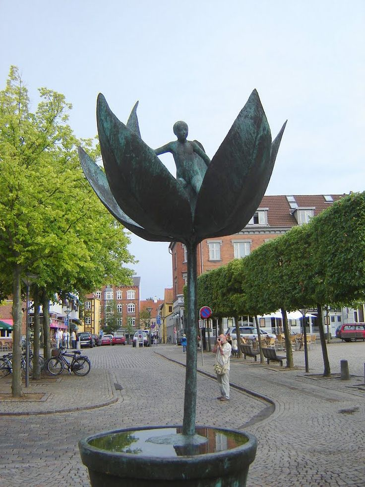 Odense. Thumbelina / Дюймовочка