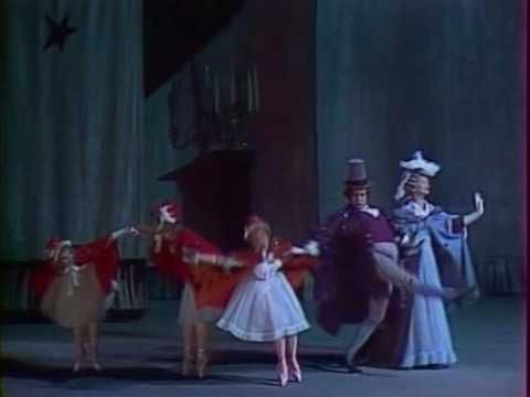 "I love the way the Bolshoi Ballet's production of Nutcracker presents the guest arriving for Christmas Eve.  Like the Kirov's version at Mariinsky Theater (St. Petersburg), it begins ca. 3 minutes into the ""petite overture""..."