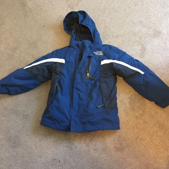Boys Hyvent North face winter coat GUC boys North Face winter coat with zip out removable layer, zippered pockets and removable elastic hoodie. Only real signs of wear is fuzz that has collected on the Velcro closures. Great buy!!! The North Face Jackets & Coats Puffers