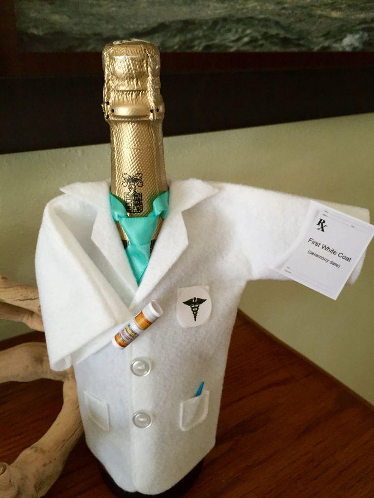 Best 25+ Doctor white coat ideas on Pinterest | White coat ...