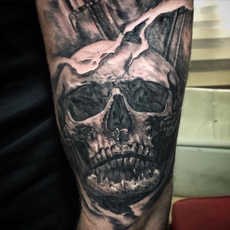 Bronson Lowton Tattoo Artist New Zealand (11).jpg