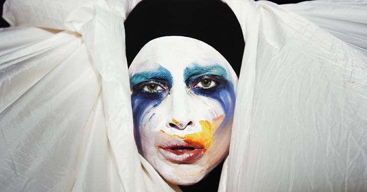 lady gaga pictures.yt 10 Lady Gaga Biography and pictures