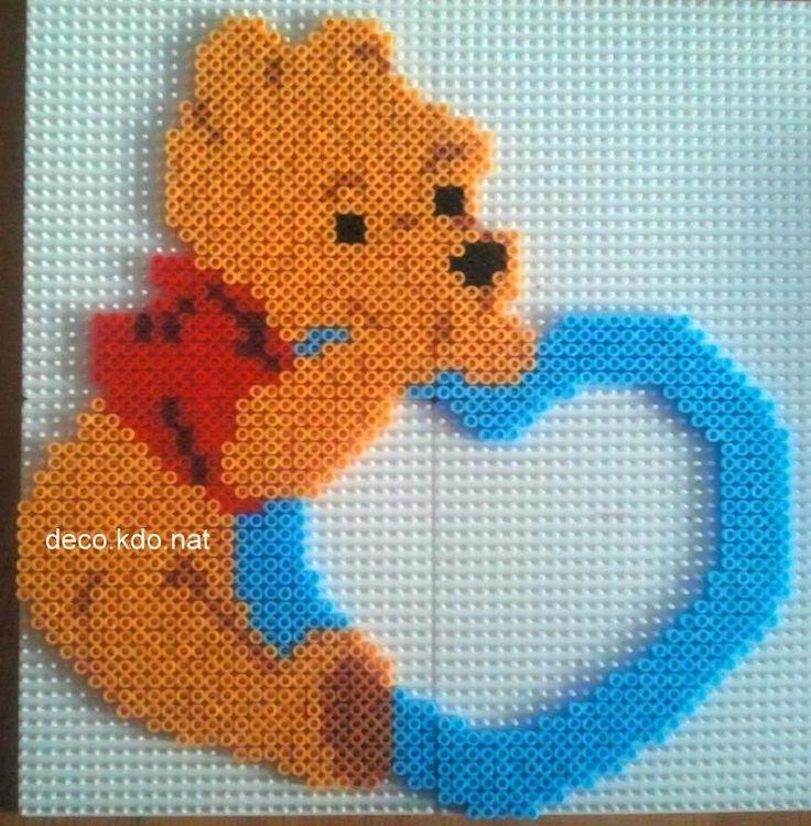 Winnie the Pooh heart photo frame hama perler beads by deco.kdo. nat