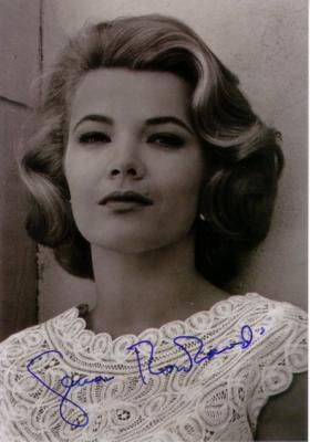 A young Gena Rowlands . . . absolutely gorgeous!