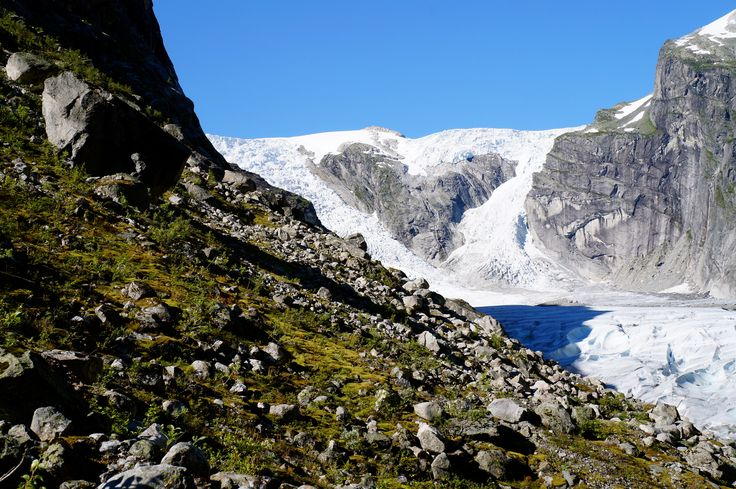 Teresa Southwell: Austerdalsbreen glacier is a glacial arm of Jostedalsbreen glacier (the largest inland glacier in continental Europe). It is famous because off the heart shape created by an outcrop of rock within the glacier. Throughout my exchange we were constantly on excursions, which allowed us to see in the real world what we learned in text books.