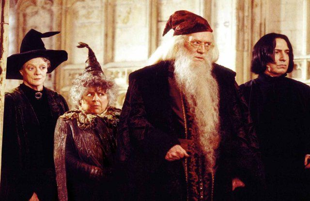 Still of Alan Rickman, Richard Harris, Maggie Smith and Miriam Margolyes in Harry Potter ja salaisuuksien kammio (2002)