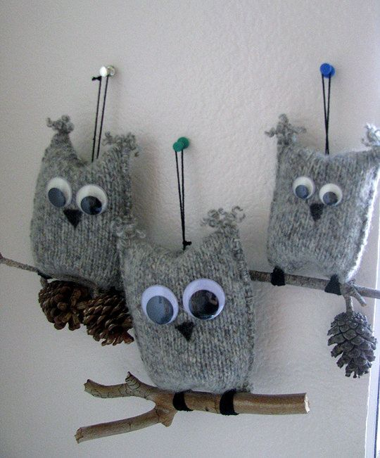 I like the use of twigs and mini pinecones, could use those for other owl crafts