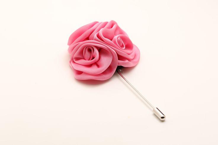 http://trouwbox.luondo.nl/bloemen-corsage-en-reversspelden