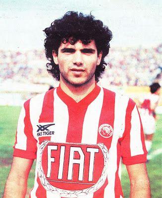 Κοκολάκης Γιώργος. Ρέθυμνο. (1960). Αμυντικός. Από το 1979-1988. (126 συμμετοχές 8 goals).