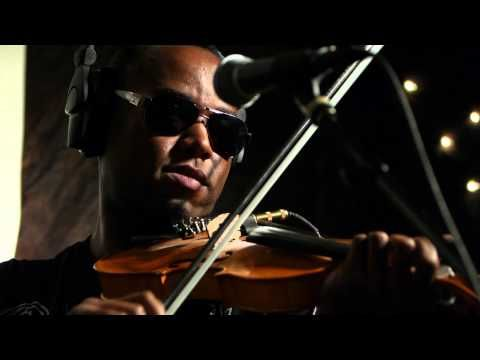 Cedric Watson - Pa Janvier (Live on KEXP) - YouTube