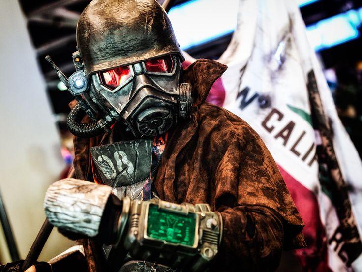 Fallout cosplay at PAX