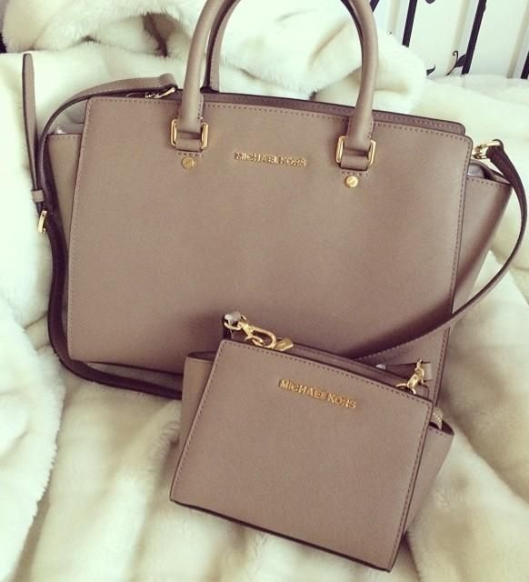 Michael Kors Selma. seriously some of the most affordable handbags that are such good quality.